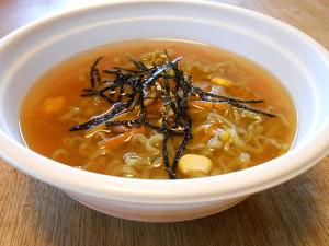 フェルミナータ カフェ モロヘイヤす〜ぷヌードル